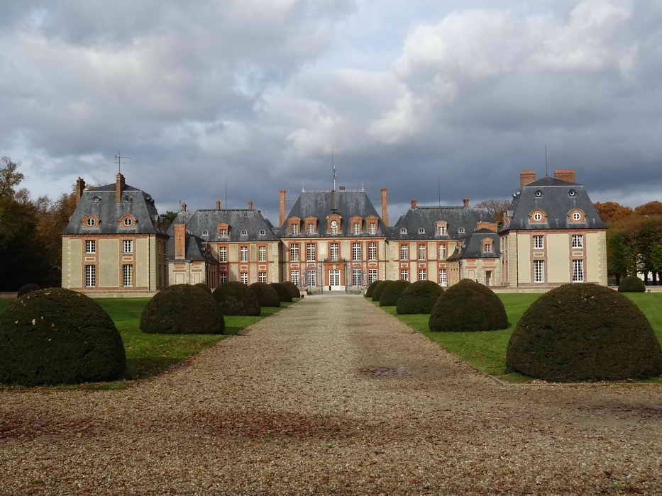 château de Breteuil 1