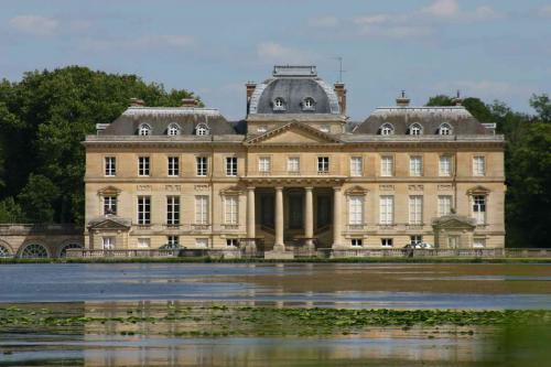 Chateau du marais 3 redimensionner
